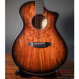 Breedlove USA Oregon Concert CE Acoustic-Electric Guitar - Bourbon Myrtlewood