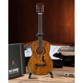 """AXE HEAVEN Willie Nelson """"Trigger"""" Acoustic MINIATURE Guitar Display Gift WN-302"""